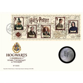 Harry Potter™ Limited Edition Silver Proof Hogwarts Medal Cover