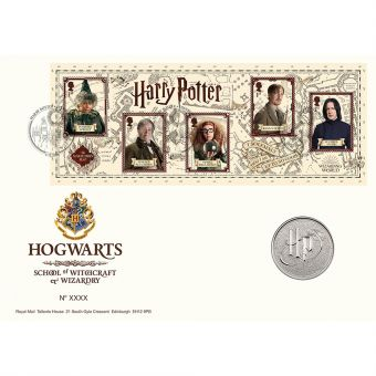 Harry Potter™ Limited Edition Hogwarts Medal Cover