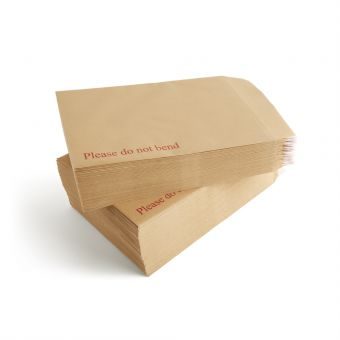 Vow_117 5165 Peel And Seal C4 Board Backed Manilla Envelopes Pack Of 125 1